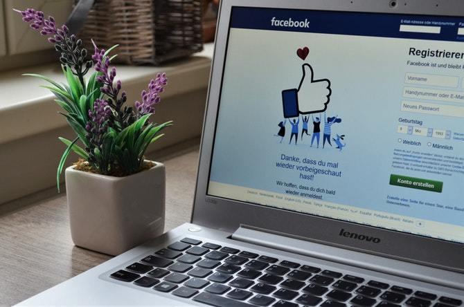 Facebook pyta nowych użytkowników o hasło do ich konta e-mail [2]