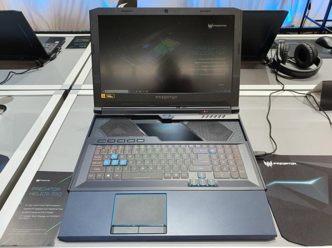 Acer Helios 700 - notebook z wysuwaną klawiaturą oraz RTX 2080 [2]
