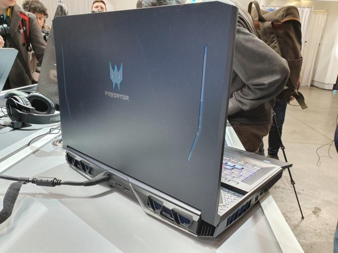 Acer Helios 700 - notebook z wysuwaną klawiaturą oraz RTX 2080 [7]
