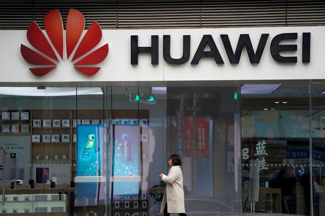 Huawei podpisał 40 nowych umów dotyczących infrastruktury 5G [3]