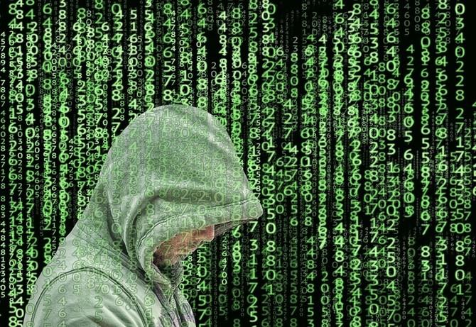 Morele: Hakerzy udostępnili w sieci dane 2,5 mln klientów sklepu [2]