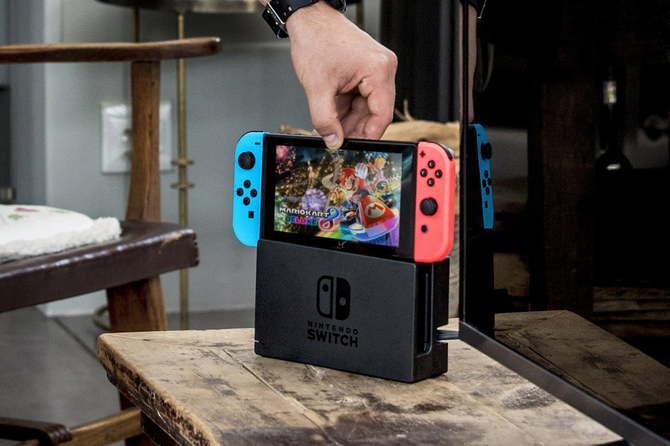 Nintendo Switch dominuje na rynku w USA. Wyprzedza nawet PS4 [1]