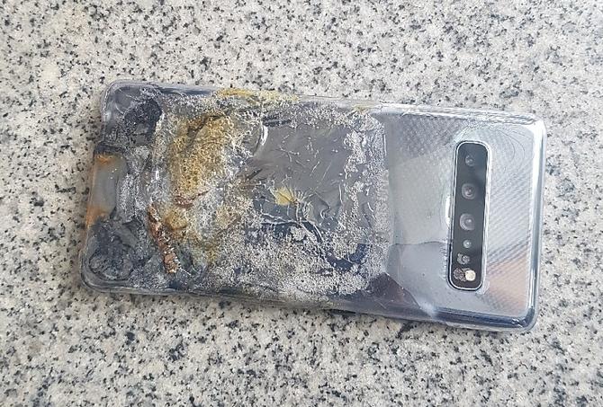Samsung Galaxy S10 5G eksplodował. Historia lubi się powtarzać [2]