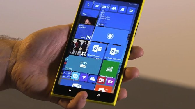 Microsoft coraz mocniej odcina się od Windows 10 Mobile [2]