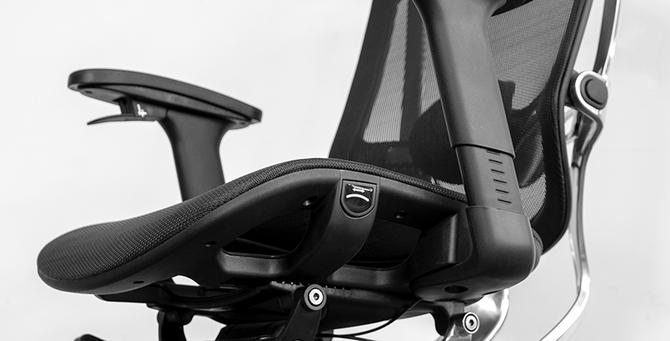 SPC Gear EG950 - Fotel ergonomiczny od polskiej marki  [3]