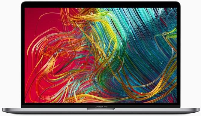 Apple po cichu dodaje 8-rdzeniowe układy Intela do Macbook Pro 15 [2]