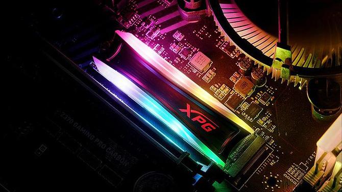 ADATA XPG SPECTRIX S40G – dysk SSD z programowalnym RGB LED [1]