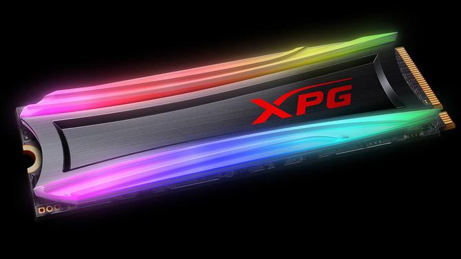 ADATA XPG SPECTRIX S40G – dysk SSD z programowalnym RGB LED [2]