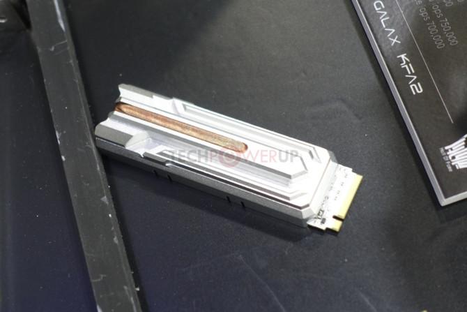 GALAX HOF E16 - Nośnik NVMe PCIe 4.0 wyposażony w... heatpipe  [2]