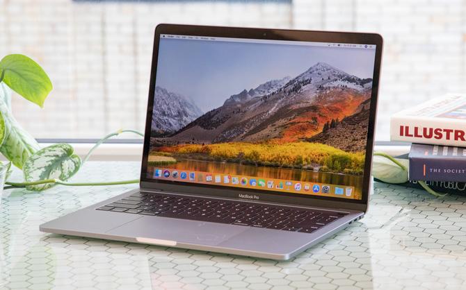 Apple MacBook Pro - baterie stwarzają ryzyko pożaru. Uważajcie! [2]