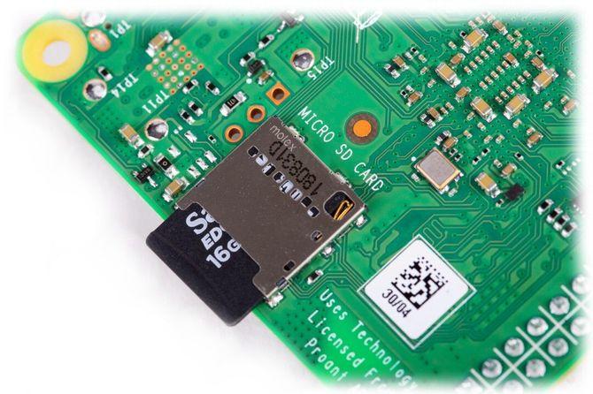 Premiera Raspberry Pi 4 model B - Malinka z 4 GB pamięci RAM [1]
