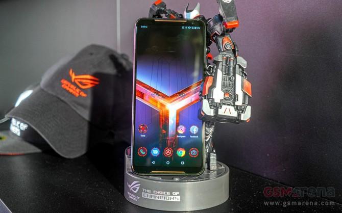 ASUS ROG Phone 2 - debiutuje flagowy smartfon dla graczy [1]
