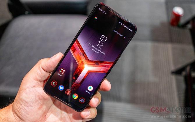 ASUS ROG Phone 2 - debiutuje flagowy smartfon dla graczy [3]