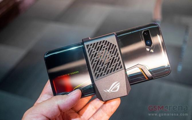 ASUS ROG Phone 2 - debiutuje flagowy smartfon dla graczy [4]