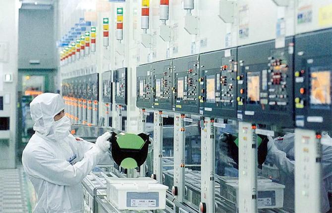 Ceny pamięci DRAM wzrosły o 20%. Winna m.in. awaria w Toshiba  [2]