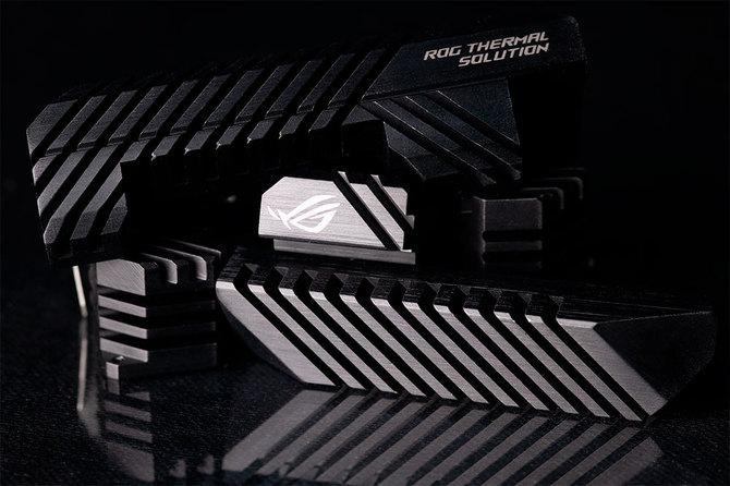ASUS ROG Strix - Nowe zasilacze o mocy 650 W i 750 W [4]