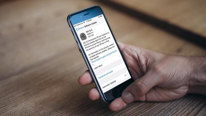 Google odkrywa sześć poważnych luk bezpieczeństwa w iOS [2]