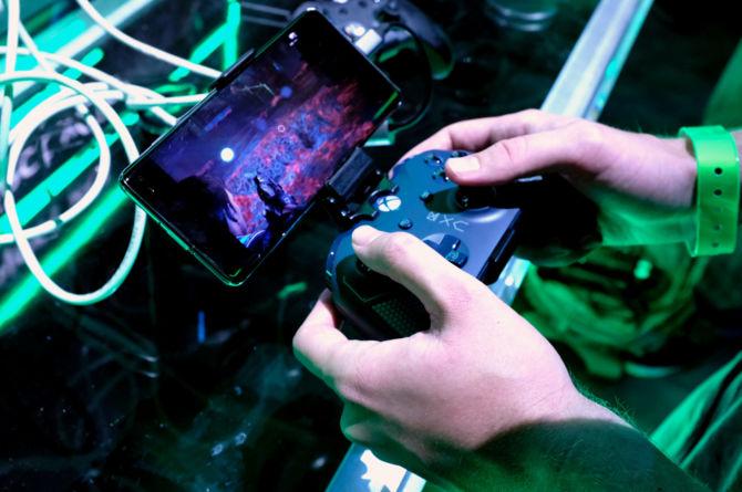 EA: abonamenty i streaming zwiększą popularność gier wideo [1]
