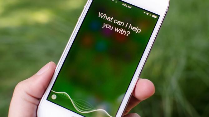 Apple i Google wstrzymują analizy nagrań asystentów głosowych [2]