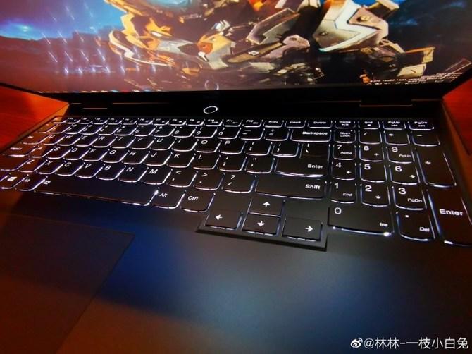 Lenovo Legion Y9000X - wydajny notebook z Intel Core i9-9980HK [1]
