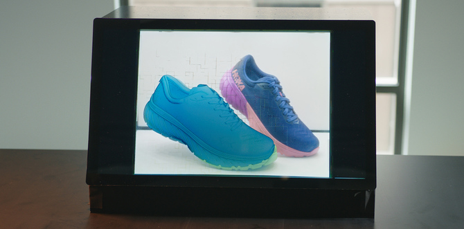 Adobe stworzyło wyświetlacz łączący AR z fizycznymi obiektami [1]