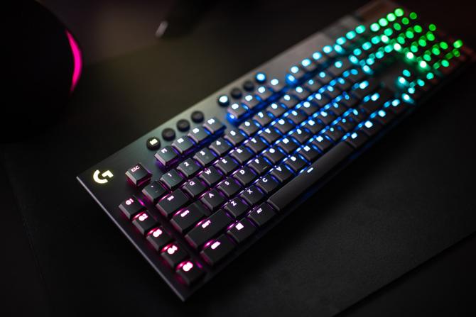 Logitech G915 i G815. Niskoprofilowe klawiatury mechaniczne [3]