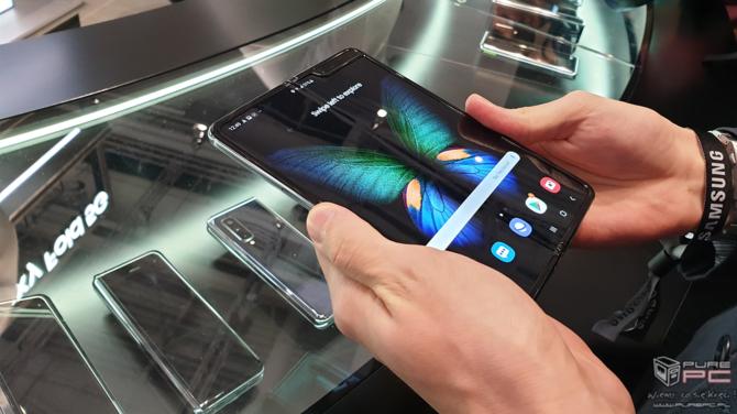 Składany smartfon Samsung Galaxy Fold jutro trafi do sprzedaży [4]