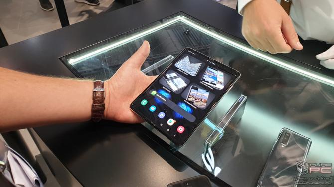 Składany smartfon Samsung Galaxy Fold jutro trafi do sprzedaży [7]