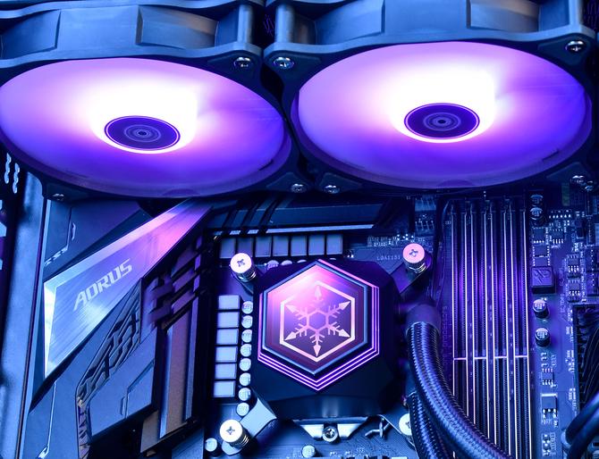 Silverstone Permafrost - Autorskie chłodzenia AiO z RGB LED  [3]
