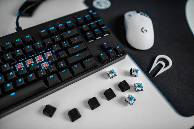 Logitech G PRO X - klawiatura TKL z wymiennymi przełącznikami [1]