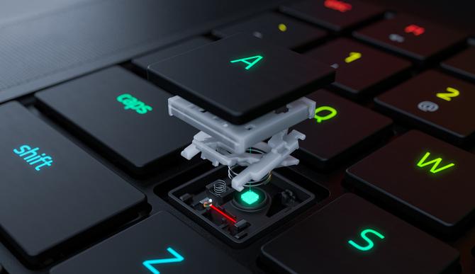 Razer Blade 15 Advanced - pierwszy laptop z klawiaturą optyczną [1]