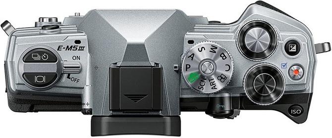 Olympus OM-D E-M5 Mark III - aparat z pięcioosiową stabilizacją  [2]