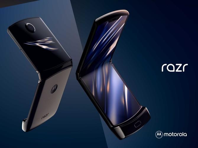 Motorola Razr - premiera smartfona ze zginanym ekranem [1]