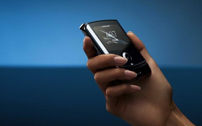 Motorola Razr - premiera smartfona ze zginanym ekranem [5]