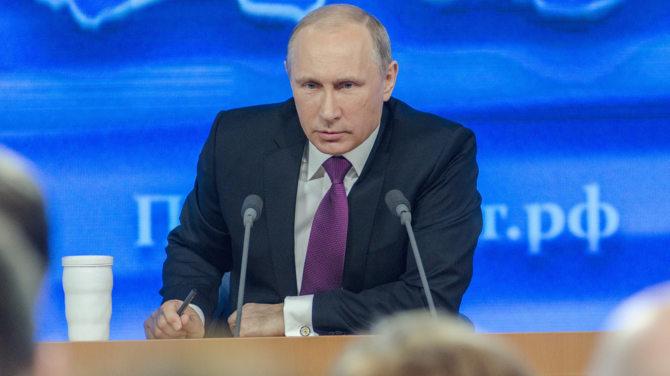 Rosja wymusza krajowe oprogramowanie dla PC i smartfonów [1]