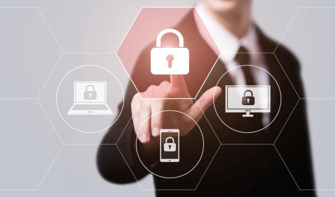 10 faktów i mitów na temat zabezpieczeń komputera i smartfona [4]