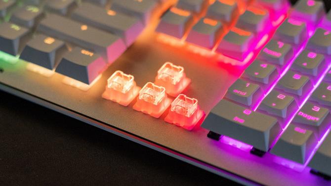 Przełączniki Cherry Viola dla tańszych klawiatur mechanicznych [4]