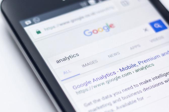 Google pod naporem krytyki usuwa styl wyświetlania wyników [2]