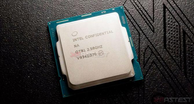 Intel Core i9-10900 - Zdjęcia i specyfikacja 10-rdzeniowego procesora [1]