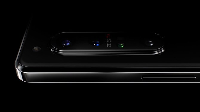Sony Xperia 1 II - flagowiec z optyką marki ZEISS i obsługą sieci 5G [3]