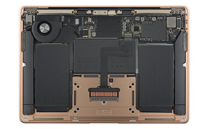 MacBook Air 2020 w rękach iFixit. Serwis pochwalił projektantów [5]