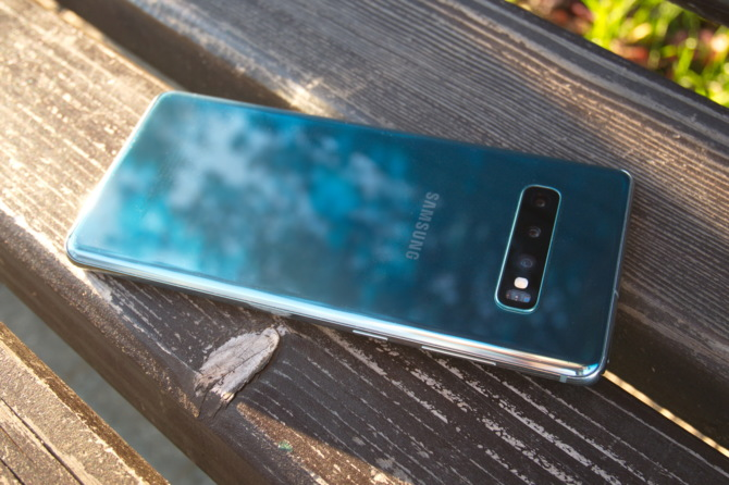 Dekalog bezpieczeństwa urządzeń mobilnych wg Samsung [11]