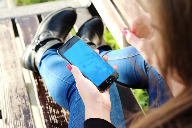 TOP 10 aplikacji mobilnych dla rodziców, które warto znać [24]