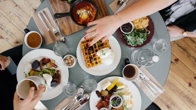 TOP 10 kulinarnych aplikacji mobilnych: przepisy, diety, zakupy [2]