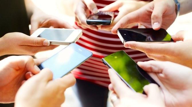TOP 10 tanich smartfonów w ofertach abonamentowych do 50 zł [25]